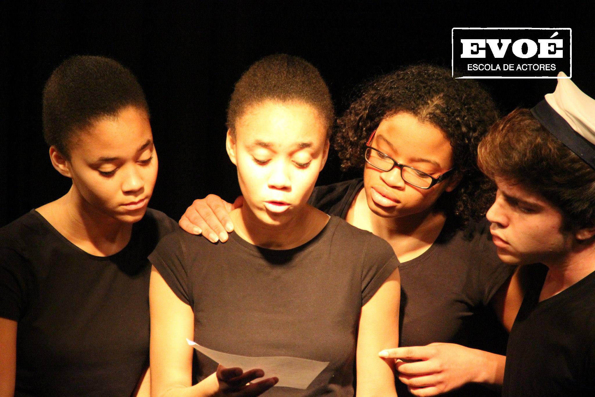 Iniciação ao Teatro para Jovens- Evoé escola de actores