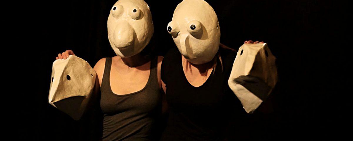 espectáculo máscaras larvarias Evoé Escola de Atores